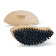 Gyeon Q2M LeatherBrush щетка из натурального ворса для чистки кожи